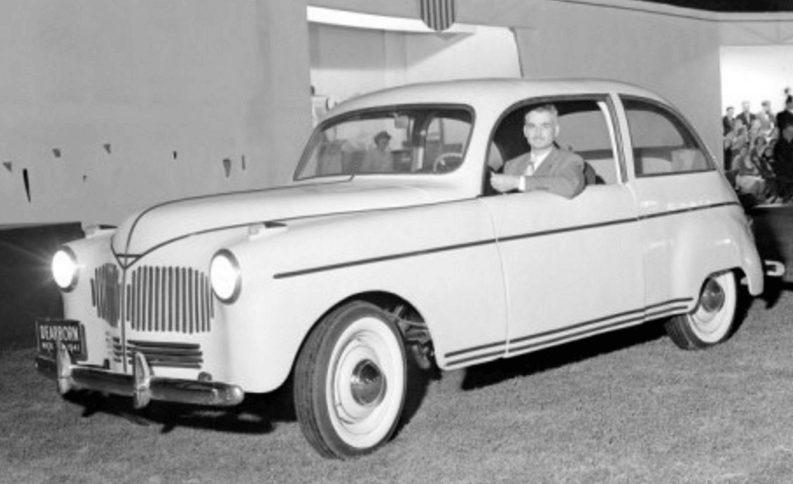 Henry Ford y su carro de cáñamo que nunca se comercializó